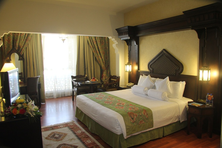 Chambre arabian courtyard hotel & spa bur dubaï