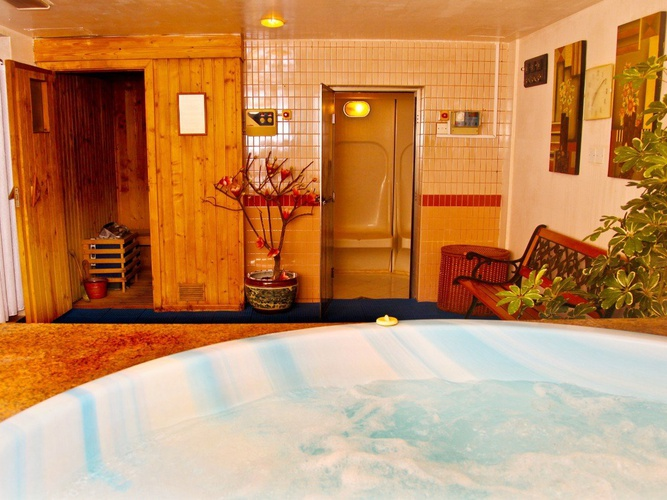 Jacuzzi arabian courtyard hotel & spa bur dubaï
